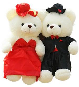 婚纱情侣泰迪熊